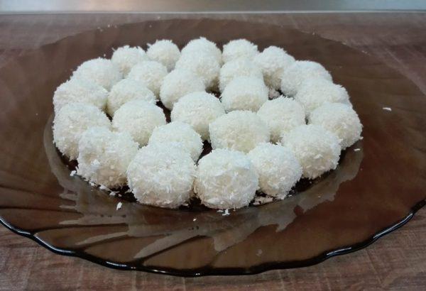 Nejjednodušší kokosové kuličky