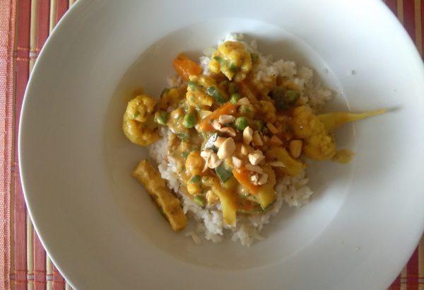Květákové kari s rýží