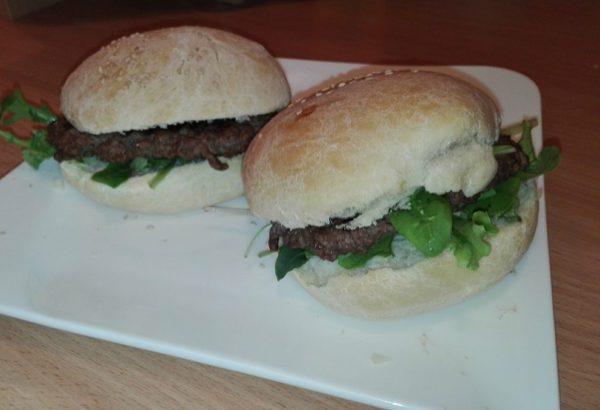 Domácí burger housky