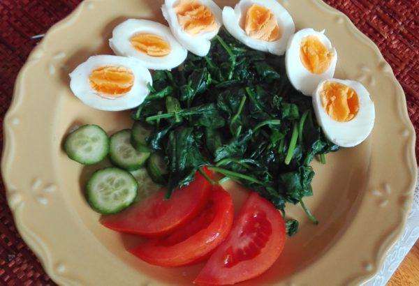 Odlehčený špenát s vejci