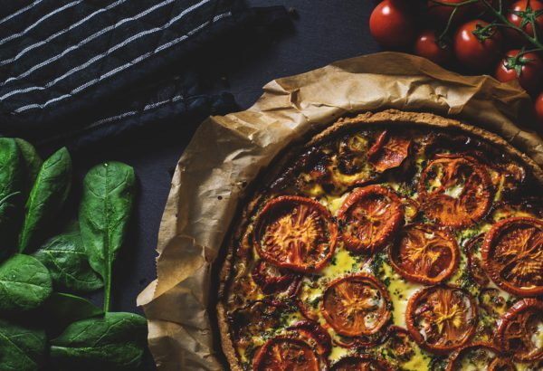 Rajčatovo-sýrová pizza