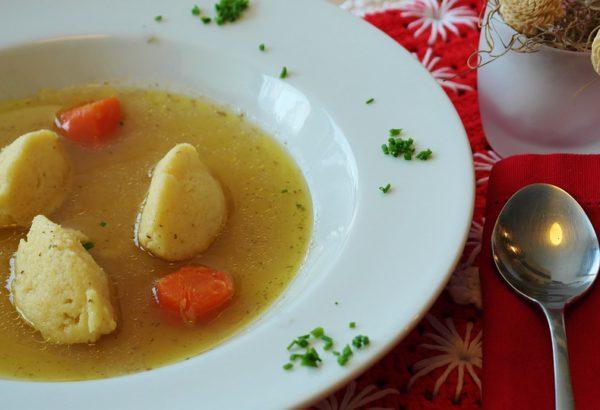 Rychlá polévka s ňoky