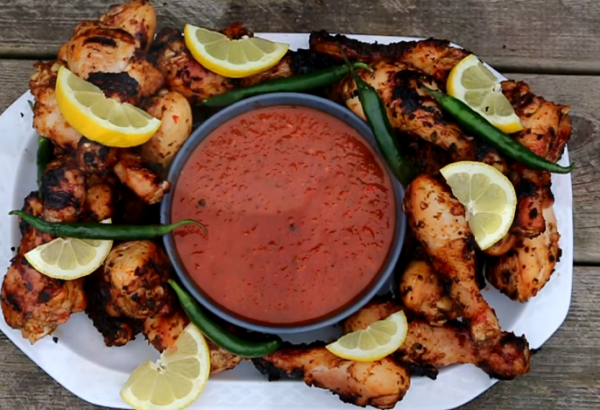 Kuřecí paličky s chilli salsou