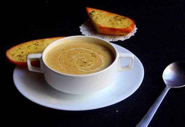 Tradiční brynzová polévka