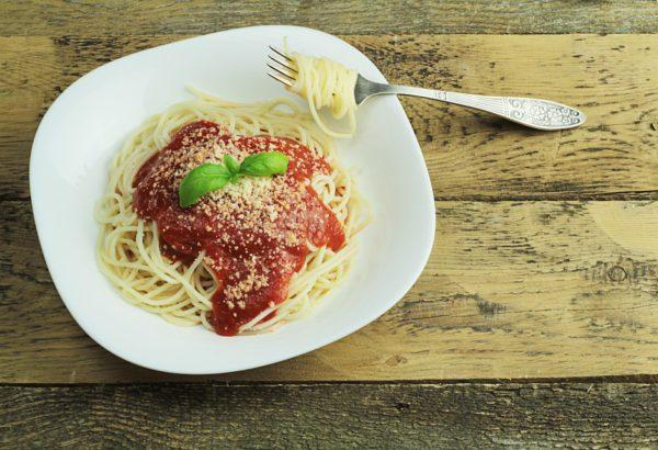 Fantastické špagety s masem a sýrem