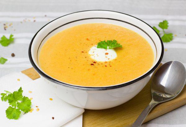 Krémová masová polévka (kuřecí)