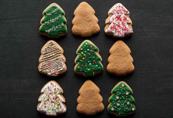 Vánoční perníčky s ozdobnou polevou